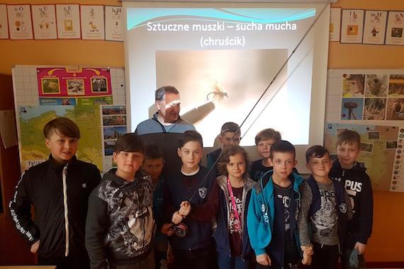 Wędkarska szkółka rozpoczęła zajęcia