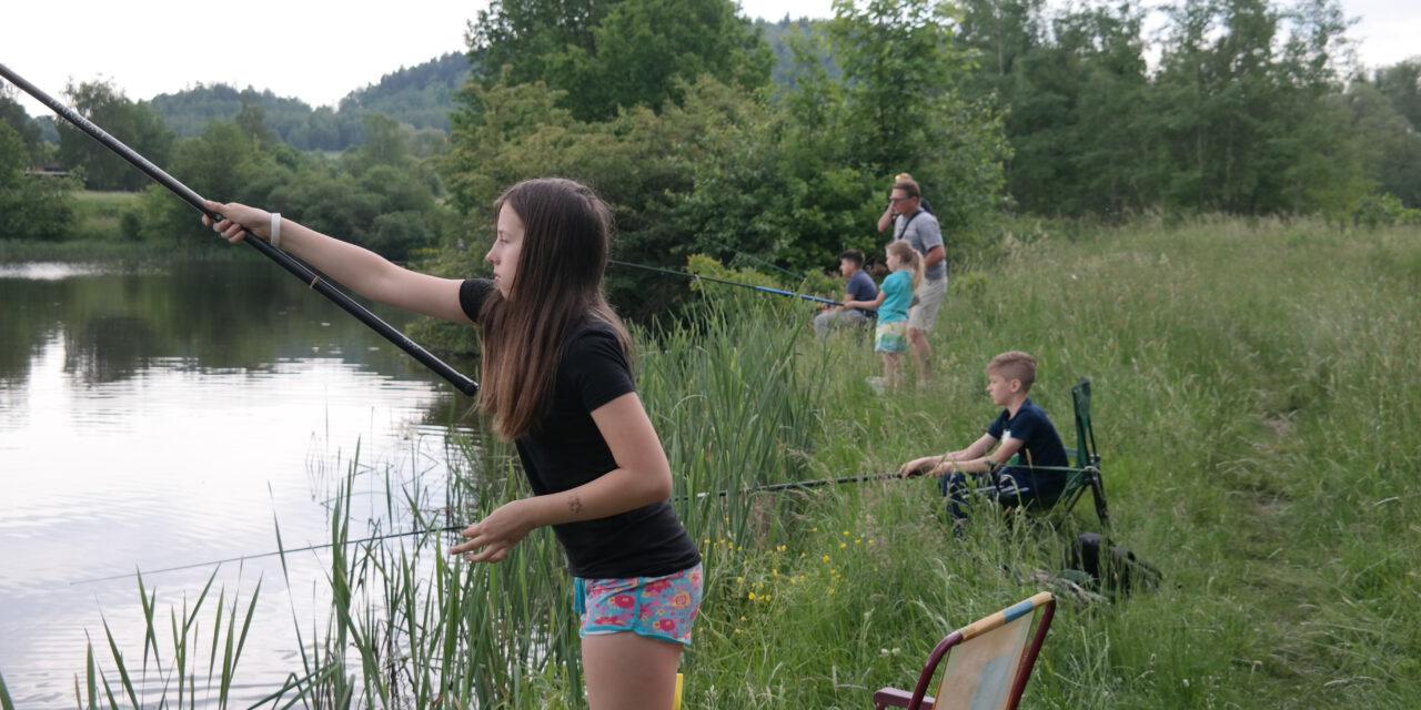 Szkolenie młodzieży, rodzinne wędkowanie, zawody towarzyskie